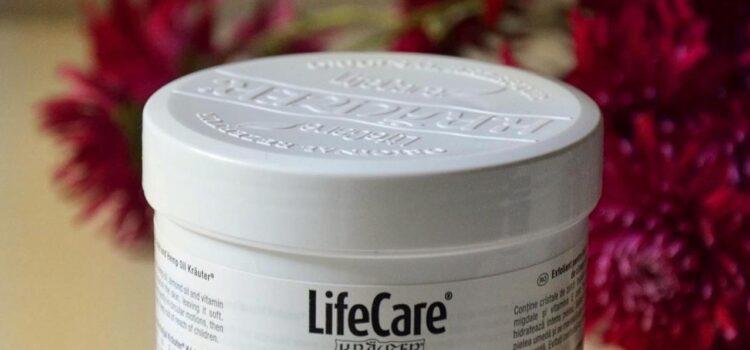 Magic Elixir & Exfoliant cu acid hialuronic si ulei de canepa – Life Care